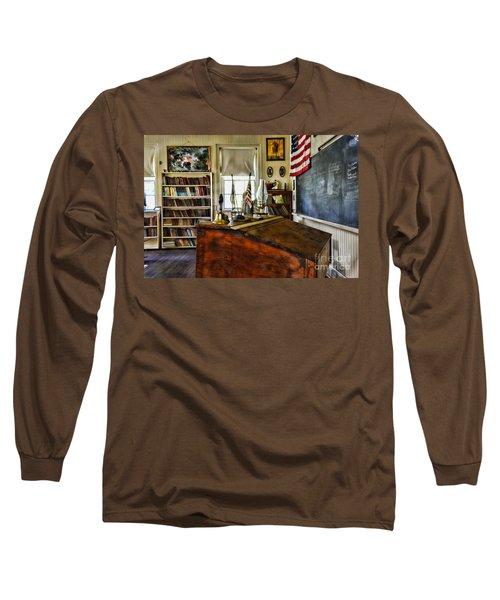 Teacher - Vintage Desk Long Sleeve T-Shirt