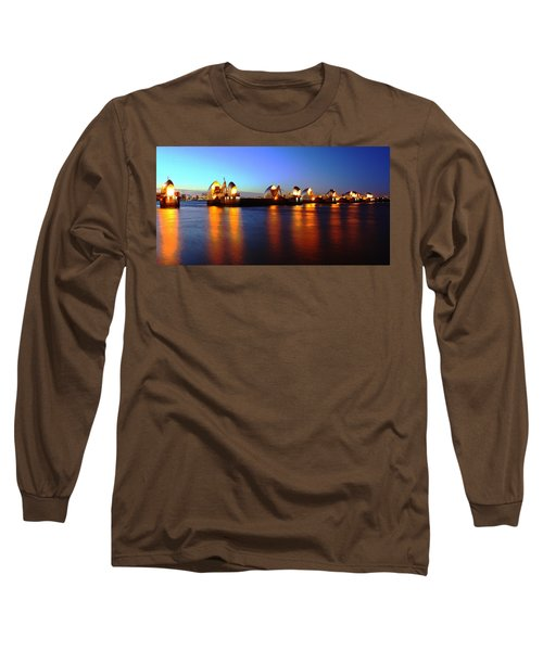 Long Sleeve T-Shirt featuring the photograph London Thames River by Mariusz Czajkowski