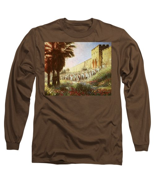 The King Is Coming  Jerusalem Long Sleeve T-Shirt