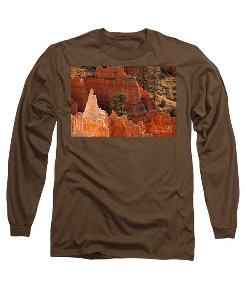 The Popesunrise Point Bryce Canyon National Park Long Sleeve T-Shirt