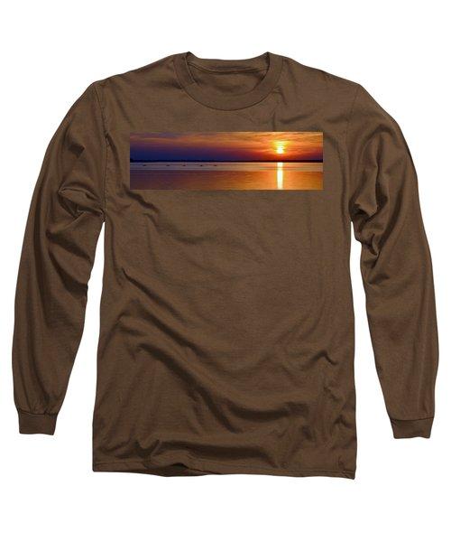 Tours End - Kayak Sunset Photo Long Sleeve T-Shirt