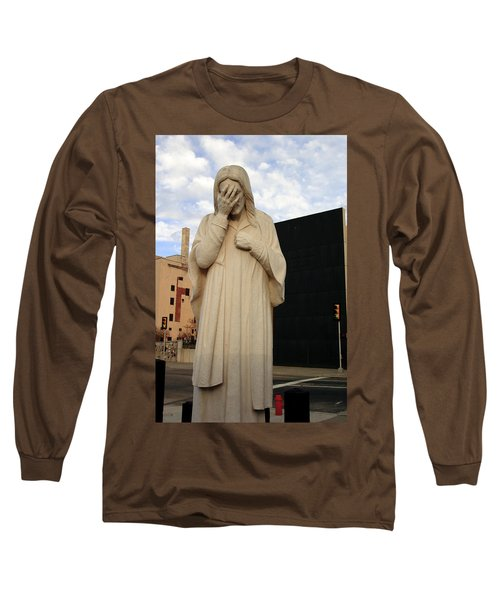 Weeping Jesus Statue In Oklahoma City Long Sleeve T-Shirt