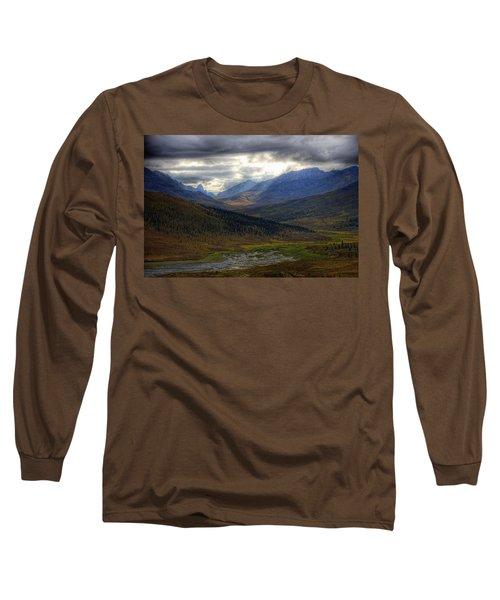 Shaft Of Sunlight Hitting The North Long Sleeve T-Shirt