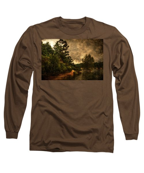Textured Lake Long Sleeve T-Shirt