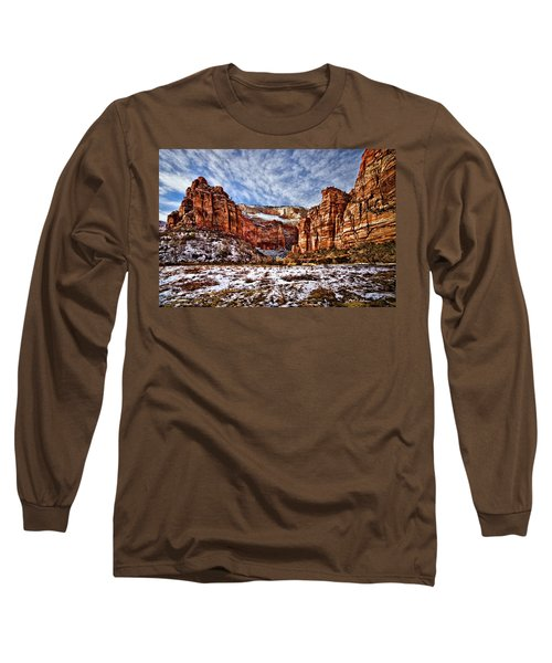 Zion Canyon In Utah Long Sleeve T-Shirt