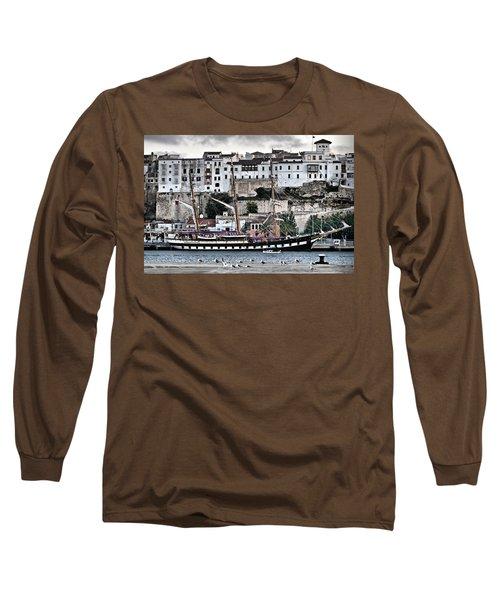 Old Port Mahon And Italian Sail Training Vessel Palinuro Hdr Long Sleeve T-Shirt by Pedro Cardona