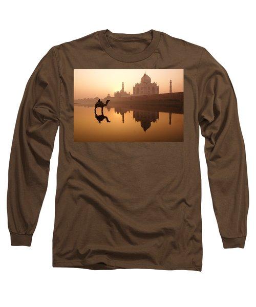 Taj Mahal At Sunrise Long Sleeve T-Shirt