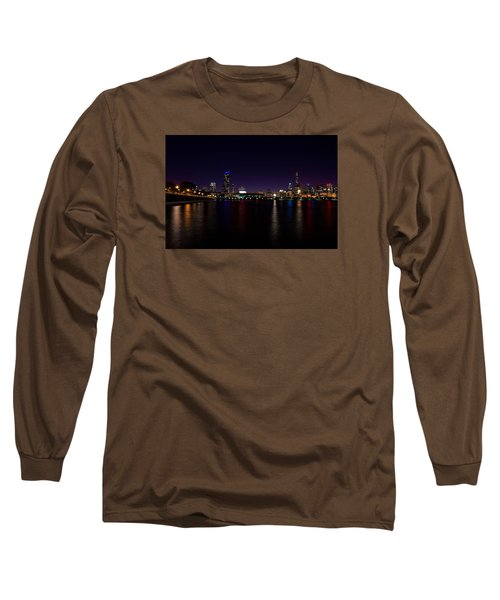 Long Sleeve T-Shirt featuring the photograph Chicago-skyline 2 by Richard Zentner