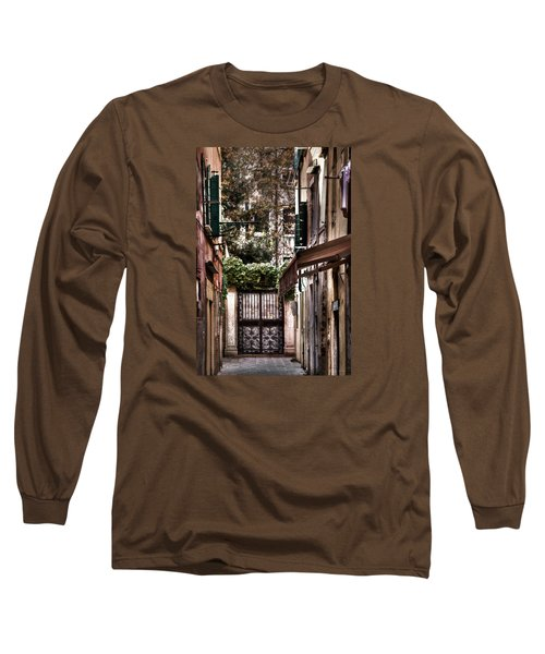 Long Sleeve T-Shirt featuring the photograph A Doorway In Venice With Oil Effect by Tom Prendergast