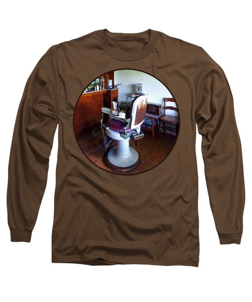 Barber - Old-fashioned Barber Chair Long Sleeve T-Shirt