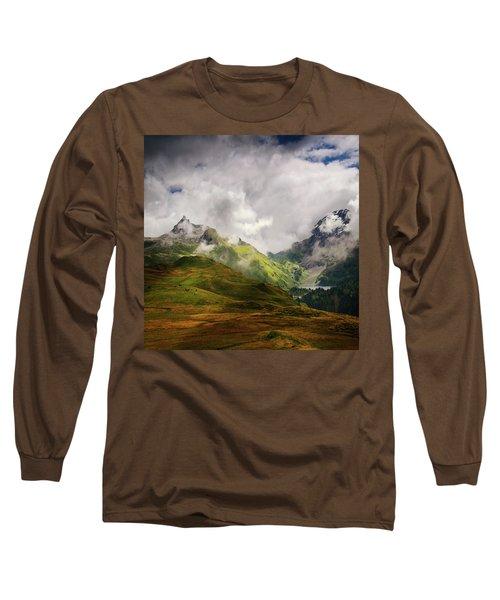 Beaute Sauvage Long Sleeve T-Shirt