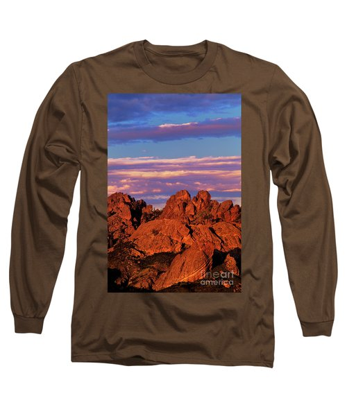 Boulders Sunset Light Pinnacles National Park Californ Long Sleeve T-Shirt by Dave Welling