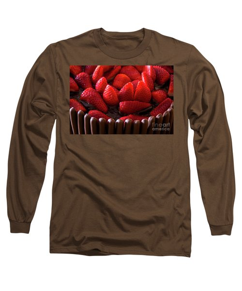 Chocolate And Strawberry Cake Long Sleeve T-Shirt