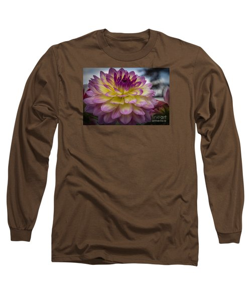 Color Starburst Long Sleeve T-Shirt