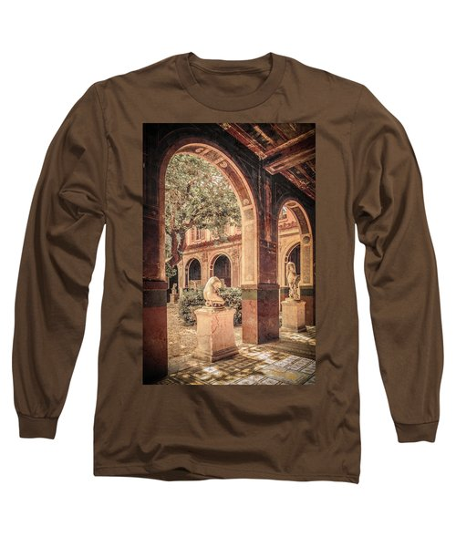 Paris, France - Courtyard West - L'ecole Des Beaux-arts Long Sleeve T-Shirt