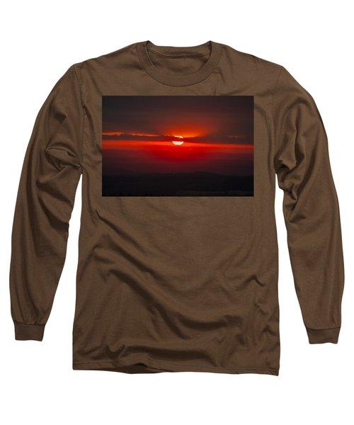 Dark Red Sun In Vogelsberg Long Sleeve T-Shirt