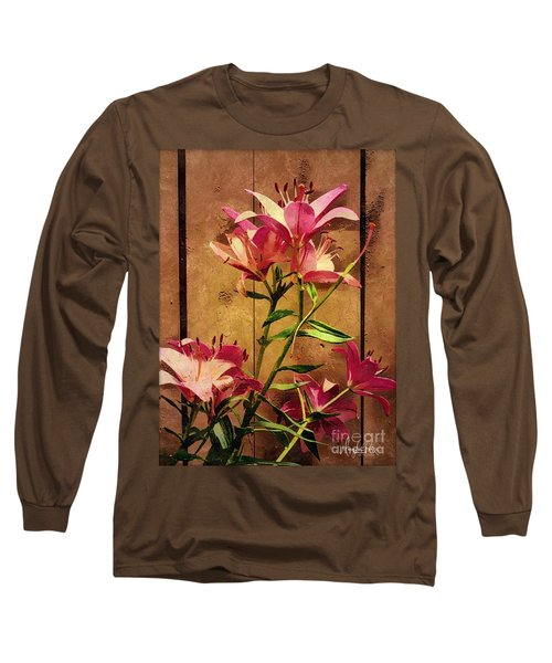 Dayliliys In  Guilford , Conn Long Sleeve T-Shirt