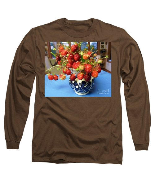Long Sleeve T-Shirt featuring the photograph Delicate by Vicky Tarcau