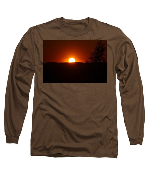 Dramatic Sunset View From Mount Tom Long Sleeve T-Shirt