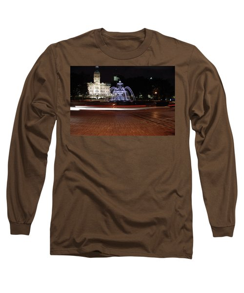 Fountaine De Tourny And Quebec Parliament Long Sleeve T-Shirt