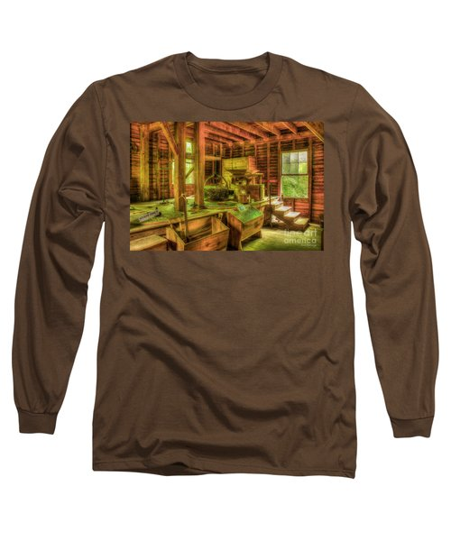 Long Sleeve T-Shirt featuring the photograph Grindingworks Mingus Mill Great Smoky Mountains Art by Reid Callaway