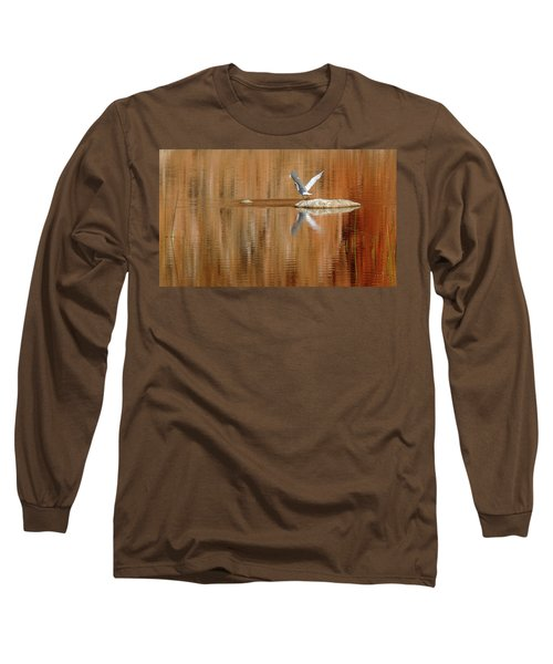 Heron Tapestry Long Sleeve T-Shirt by Evelyn Tambour