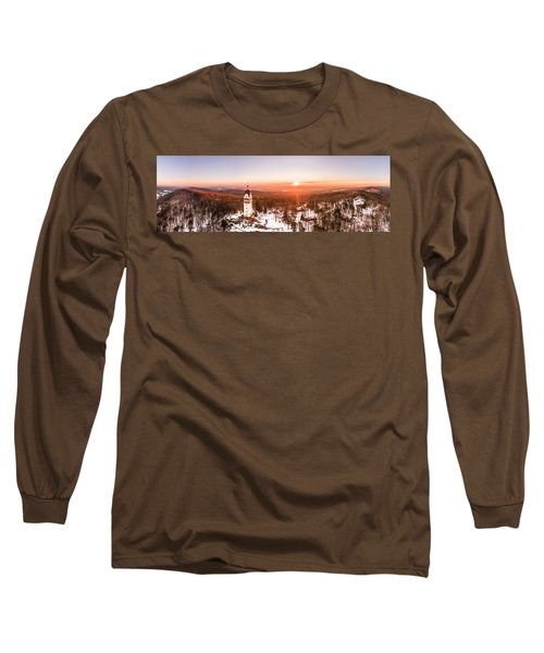 Heublein Tower In Simsbury Connecticut, Winter Sunrise Panorama Long Sleeve T-Shirt by Petr Hejl