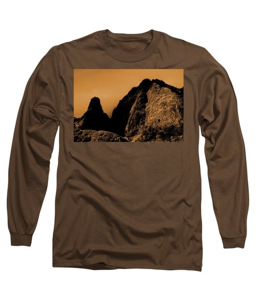 Iao Needle Silhouette Long Sleeve T-Shirt
