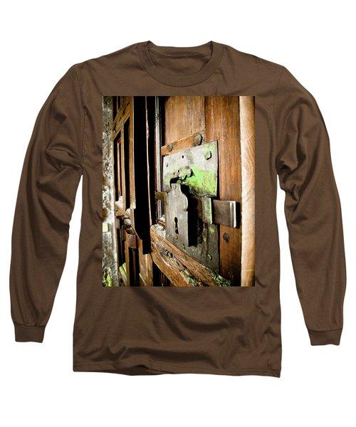 La Porta Chiusa Long Sleeve T-Shirt