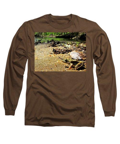 Leopard Frog Landing Long Sleeve T-Shirt