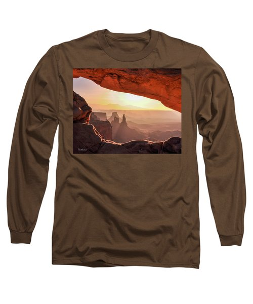 Mesa Arch At Sunrise, Washer Woman Formation , Canyonlands National Park, Utah Long Sleeve T-Shirt