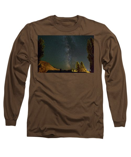 Milky Way Over Farmland In Central Oregon Long Sleeve T-Shirt