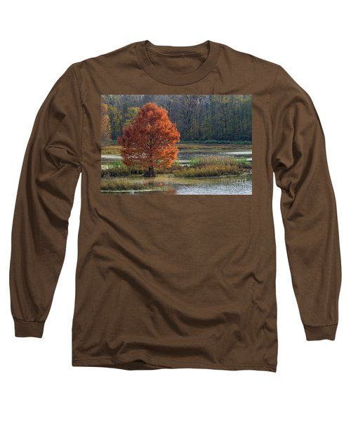 Long Sleeve T-Shirt featuring the photograph Muscatatuck - D009967 by Daniel Dempster