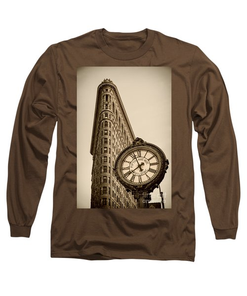 Long Sleeve T-Shirt featuring the photograph New York Flatiron by Juergen Held