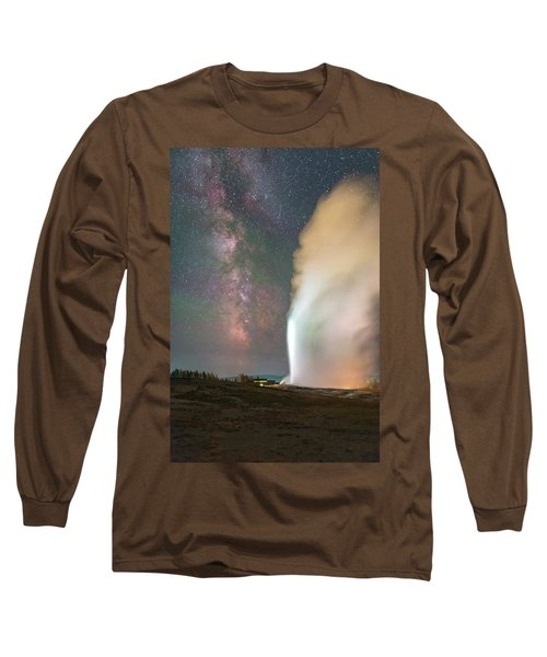 Old Faithful Erupts At Night Long Sleeve T-Shirt