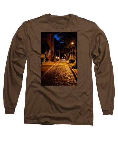 Long Sleeve T-Shirt featuring the photograph Olde Town Philly Alley by Mark Dodd
