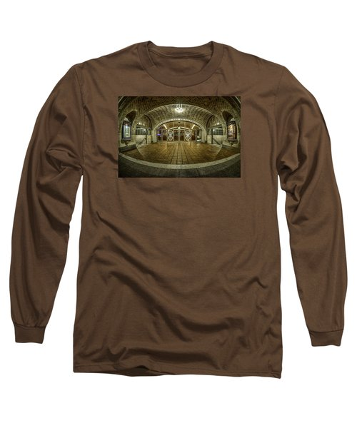 Long Sleeve T-Shirt featuring the photograph Oyster Bar Restaurant by Rafael Quirindongo