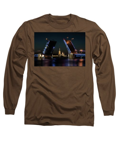 Long Sleeve T-Shirt featuring the photograph Palace Bridge At Night by Jaroslaw Blaminsky