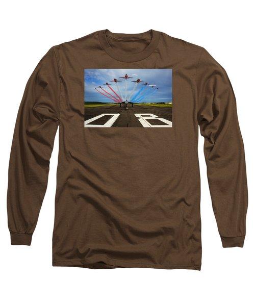 Red Arrows Tribute To Vulcan Xh558 Long Sleeve T-Shirt by Ken Brannen