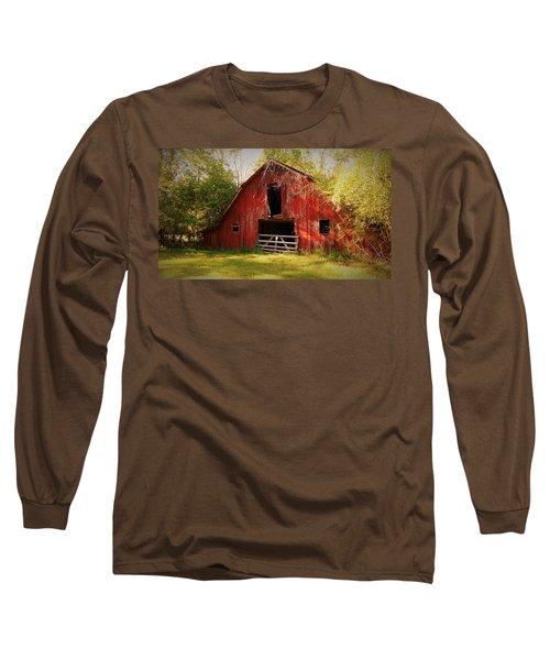 Long Sleeve T-Shirt featuring the photograph Richton Barn I by Lanita Williams