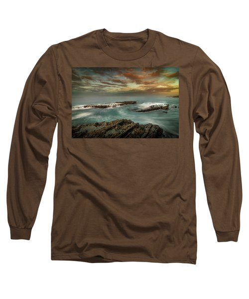 Rocky Shores At Victoria Beach Long Sleeve T-Shirt