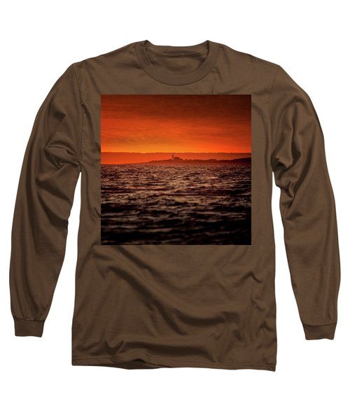 Sandy Neck Light Long Sleeve T-Shirt