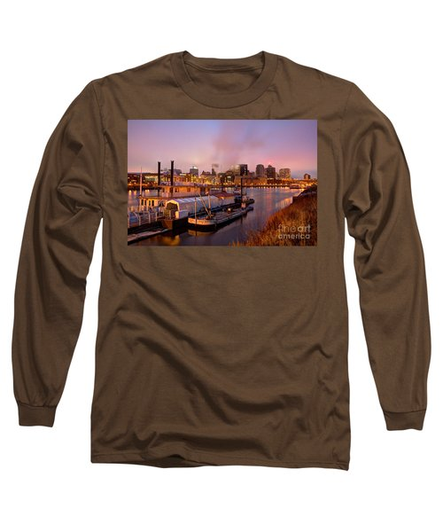 St Paul Minnesota Its A River Town Long Sleeve T-Shirt
