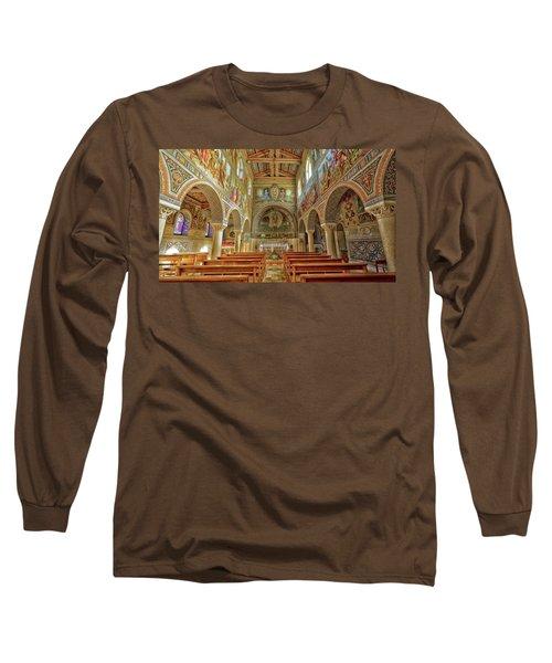 St Stephen's Basilica Long Sleeve T-Shirt by Uri Baruch