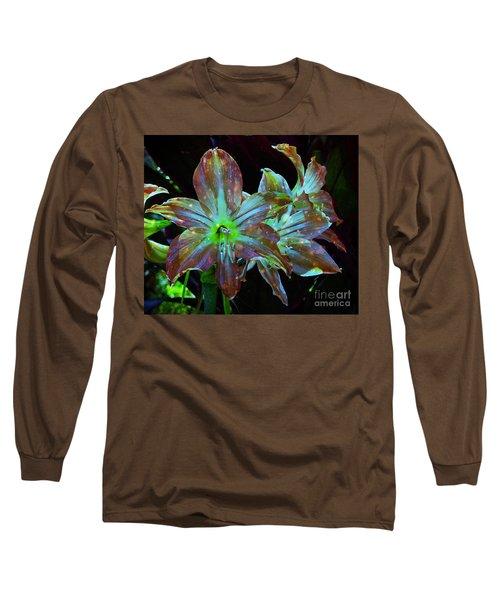 Star-struck Hippeastrums Long Sleeve T-Shirt
