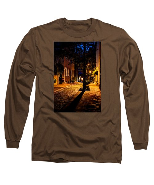 Long Sleeve T-Shirt featuring the photograph Street In Olde Town Philadelphia by Mark Dodd