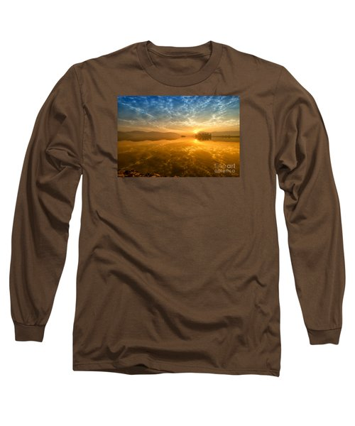 Long Sleeve T-Shirt featuring the photograph Sunrise At Jal Mahal by Yew Kwang
