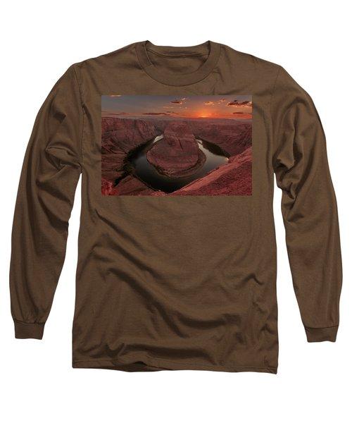 Sunset At Horseshoe Bend Long Sleeve T-Shirt
