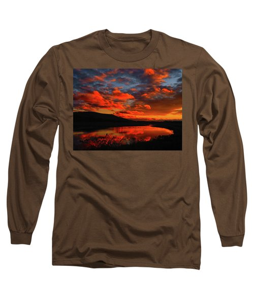 Sunset At Wallkill River National Wildlife Refuge Long Sleeve T-Shirt by Raymond Salani III