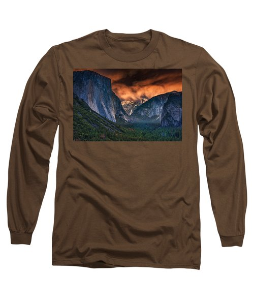 Sunset Skies Over Yosemite Valley Long Sleeve T-Shirt by Rick Berk